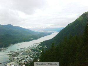 Gastineau_Channel_from_top_of_Juneau_tramway_(north)