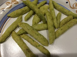Green Bean shaped Baked Crunchies