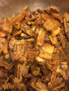 Quick braised pork belly with bamboo and burdock root