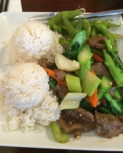 The Mouse's Beef and Chinese Broccoli Stir-Fry