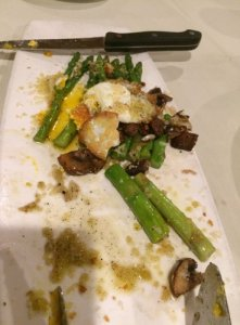 Grilled Asparagus Milanese